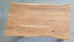 Baumkantentisch Akazie 160 cm lang - 2,6 cm stark
